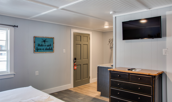 TH04:  The Sailfish Room