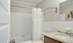TH30: The Albemarle Sound - Bathroom
